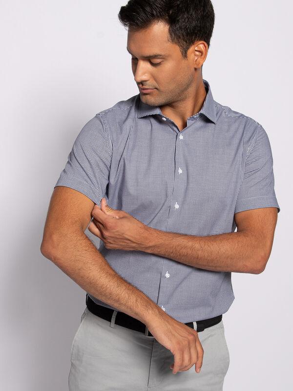 Slim-Fit Short Sleeve Shirt