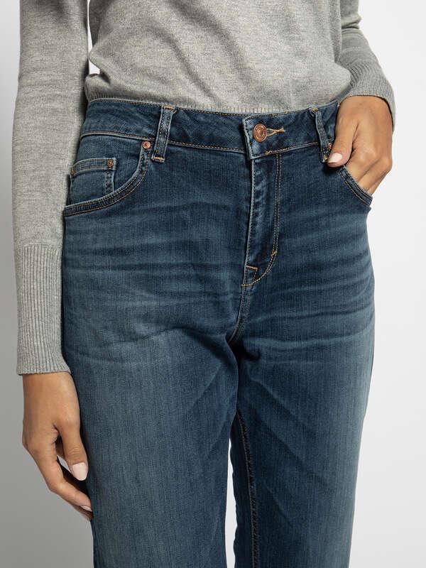 Eliana Jeans
